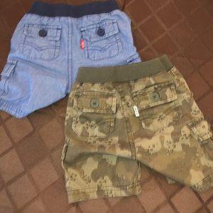 Levi's Bottoms - Levi shorts